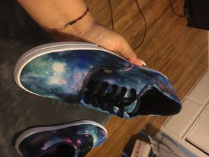 Space model Vans SIZE: 11 in Womens and SIZE: 9.5 in Men's. for Sale in Hawthorne, CA