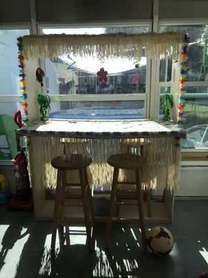 Hand made bar w 2 chairs for Sale in Largo, FL