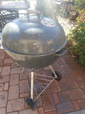 Bbq grill for Sale in Buckeye, AZ