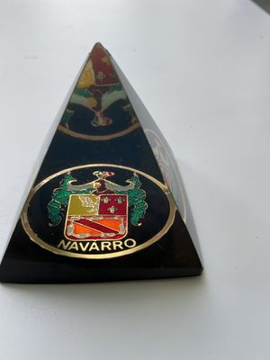 "Vtg. Triangle paperweight ""Navarro "" for Sale in Valrico, FL"