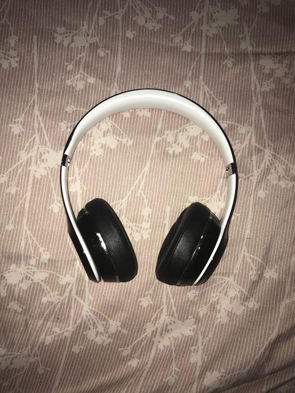 Beats solo headphones (non-wireless)