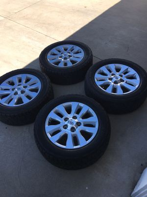 "Toyota Tundra 20"" wheels for Sale in Moreno Valley, CA"