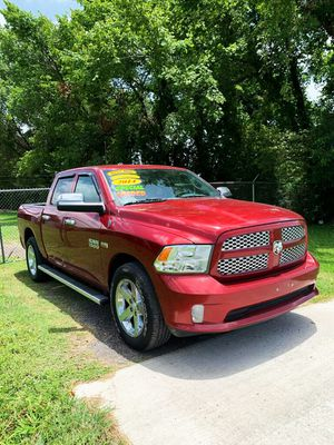 Dodge RAM 2014//Down 2990 or a trade in//not parting out for Sale in Houston, TX