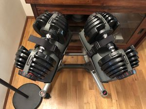 Bowflex 552 Adjustable Dumbbells with Stand for Sale in Kirkland, WA