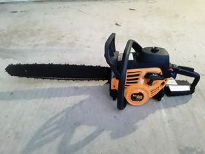Gas Chainsaw 20 inches for Sale in Riverside, CA