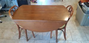 Walnut Dining room Table (chairs sold separately) for Sale in Spicewood, TX