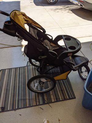 Folding stroller for Sale in Chandler, AZ