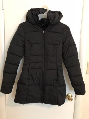 (Shipping Available) Women's Winter Coat for Sale in Hillsborough, NC