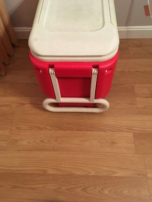 Red Cooler with Wheels for Sale in Annandale, VA
