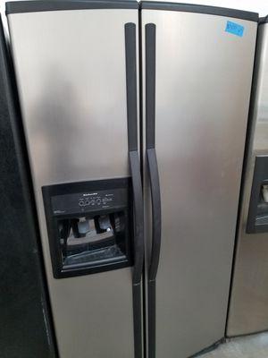 KENMORE REFRIGERATOR 36W, 69H for Sale in Modesto, CA