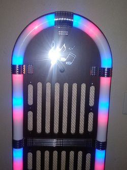 Craig Jute Box With Lights That Go On To The Beat for Sale in Indio,  CA