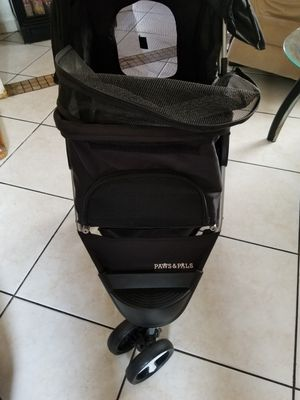 Pet stroller for Sale in Miami, FL