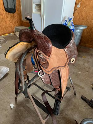 Brand new barrel saddle for Sale in Bartow, FL