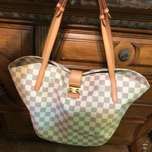 LOUIS VUITTON SALINA PM DAMIER AZUR SHOULDER BAG WHITE for Sale in Queens, NY