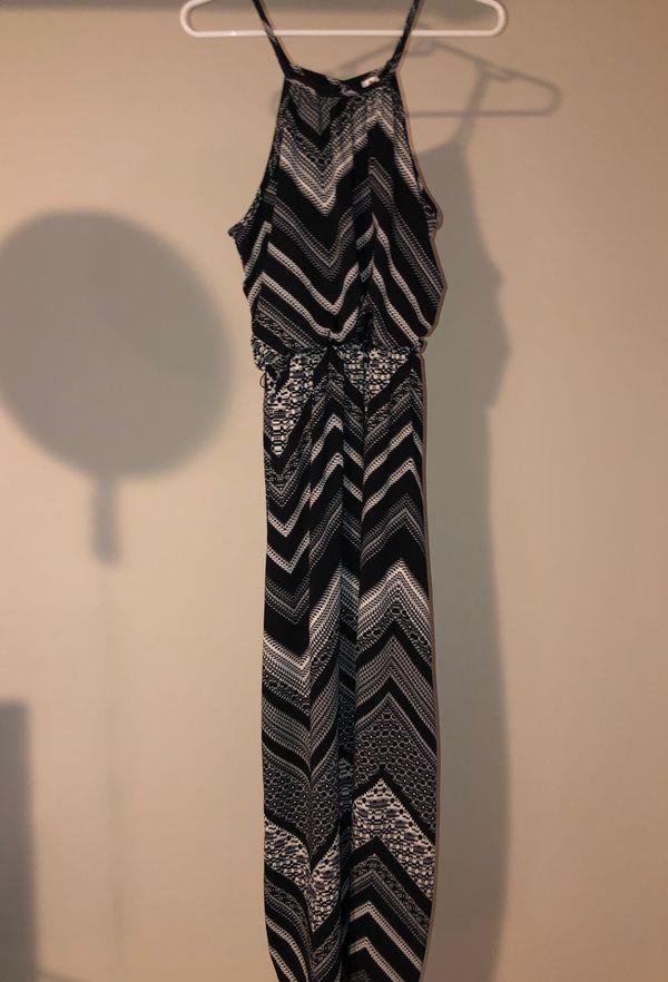 Black and white maxi dress size medium