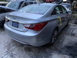 Only for parts 2011 Hyundai Sonata at 2.4 for Sale in Orlando, FL