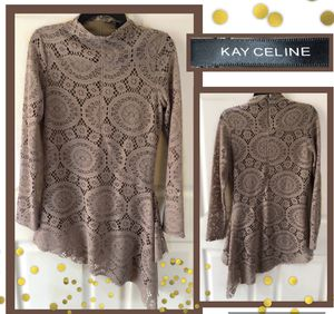 Kay Celine Tunic Size M for Sale in Wakefield, MA
