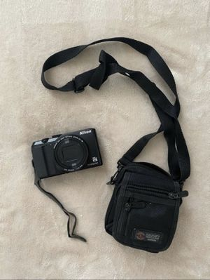 CAMERA NIKON COOLPIX A900 LIKE A NEW ONE for Sale in Redwood City, CA