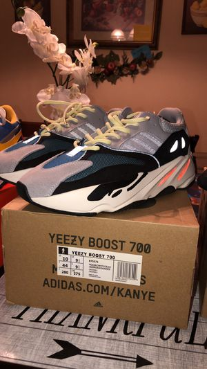 Wave runners (yeezys) size 10 for Sale in Salem, OR