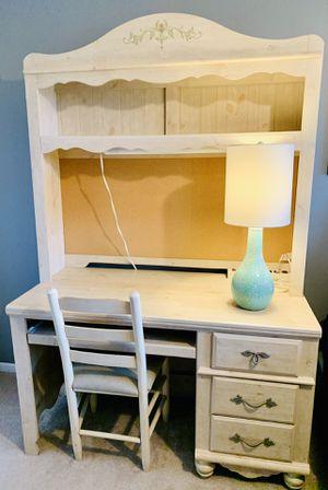 Desk & Hutch Set for Sale in Sterling Heights, MI