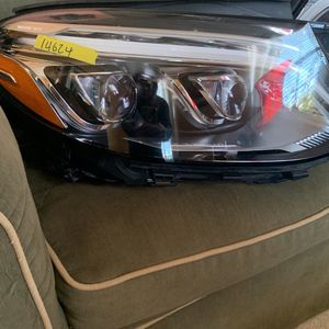 Mercedes Benz GLE350 Left And Right LED headlights . BRAND NEW. for Sale in Nokesville, VA