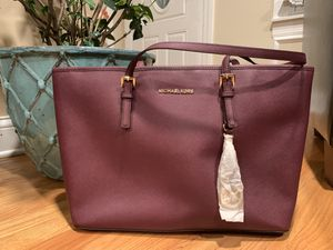 Michael Kors purse - new for Sale in Wood Dale, IL