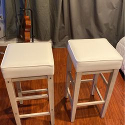 Beige Bar Stools (2) ($55 Each) for Sale in Clackamas,  OR