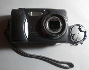 Kodak Easyshare dx4530 Camera for Sale in Clarksville, TN
