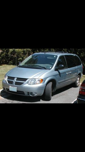05 Dodge Caravan $1999 150k miles for Sale in Philadelphia, PA