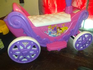 Literally new girls Disney princess ride on toy with charger for Sale in Las Vegas, NV