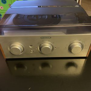 Jensen Record Player and AM/FM Radio for Sale in Columbus, OH