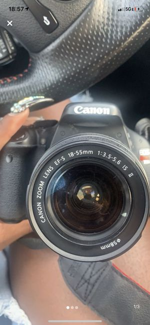 CANON T3i ONLY USED TWICE. for Sale in Atlanta, GA