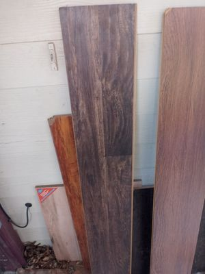 8mm handscraped hickory laminate flooring 300sqft for Sale in Fort Worth, TX
