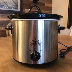 Crock-Pot Slow Cooker- 4.5Qt Stainless for Sale in Los Angeles, CA