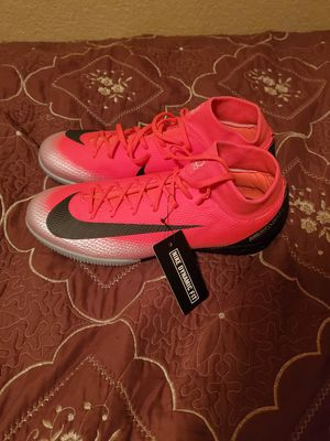 Nike Mercurial Superfly 6 Cristiano Ronaldo Indoor Soccer Cleats Size 8.5, 10.5 for Sale in Las Vegas, NV
