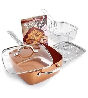"Copper Chef Square 9-1/2"" DEEP DISH Pan 5 -piece Set - NEW! In original sealed box !! for Sale in Memphis, TN"