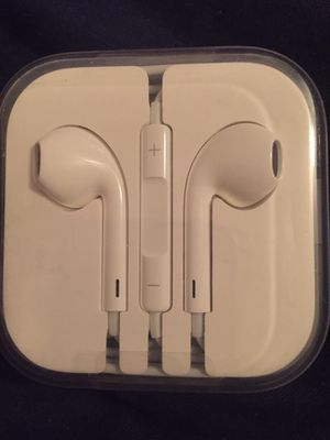 Apple headphone earbuds with mic for Sale in Norfolk, VA