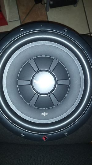 Subs 12in R/2 fosgate for Sale in Moreno Valley, CA