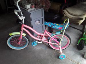 """Girl 16"""" bike for Sale in Tampa, FL"""