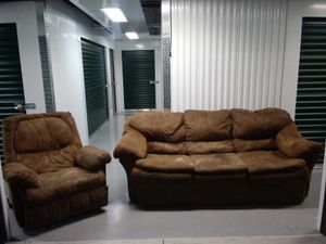 🐅👀 Sofa and recliner 🔝🌎 for Sale in Atlanta, GA
