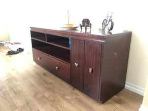 TV stand wooden. for Sale in Poway, CA
