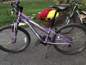 """24"""" specialized girls mountain bike for Sale in Haverhill, MA"""