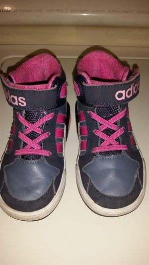 Girls Adidas high tops size 7 for Sale in Largo, FL