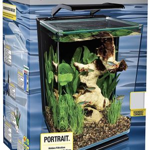 5 Gallon Tank With Supplies ! for Sale in Alexandria, VA