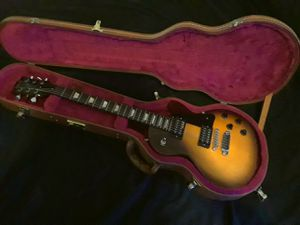 Gibson Les Paul Electric Guitar and Case - with Dirty Fingers and 500T Humbuckers for Sale in Montclair, CA
