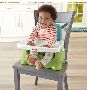 Fisher Price children baby booster seat silla de Bebe for Sale in Las Vegas, NV