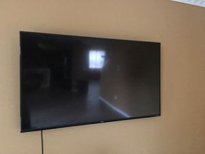 60 inch tv for Sale in Riverview, FL
