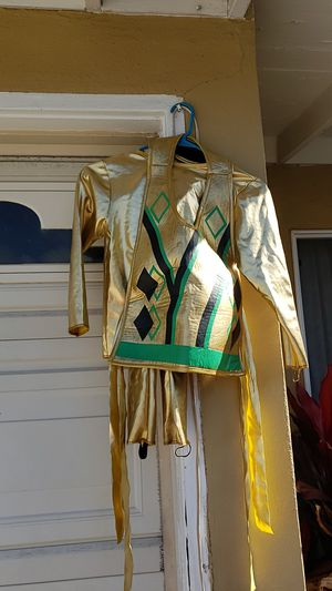 Golden Ninja Ninjago costume ages 6-8 for Sale in San Diego, CA