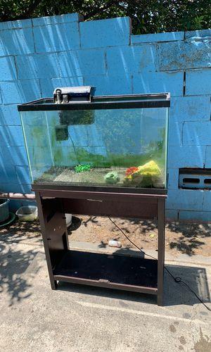 25 gallon fish tank for Sale in Los Angeles, CA