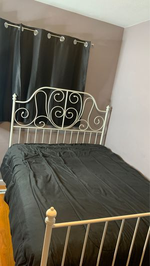 IKEA leirvik white full size metal bed frame for Sale in Hayward, CA
